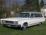 chrysler-town-country-1966-a
